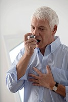 ASTHMA TREATMENT, ELDERLY PERSON
