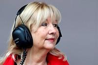 Simone, mother of Jenson Button GBR, McLaren Mercedes, F1,Testing Barcelona, Spain ,Barcelona .