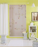 Shower Room with Floral Pattern