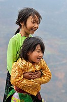 Vietnam, Ha Giang, Black Hmong ethnic group children