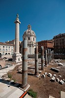 Italy, Lazio, Rome, Trajan´s Column background Church of S.S. Nome di Maria