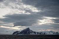 Mountains along the coastline, antarctica