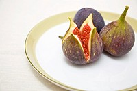 Fresh organic figs on a plate