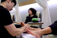 Foot care in a salon