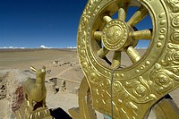 the Golden Dharma Wheel on the terrace of the chiu monastery  chiu village  shigatse prefecture  Tibet  China