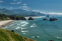 Oregon Coast, rock formations in the Pacific Ocean