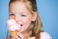 Portrait of a girl eating ice_cream