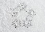 Snow crystal ornaments