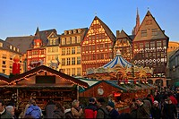 Christmas markets in the Romerplatz, Frankfurt, Hessen, Germany, Europe.