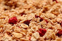 red berries muesli