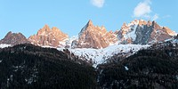 Scenic View Of The Peaks Of The Mountain Range In The French Alps, Chamonix_Mont_Blanc Rhone_Alpes France