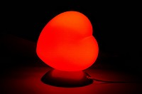 Heart_shaped table lamp