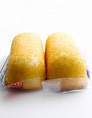 Mass_produced snack cake bar
