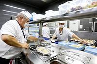 Cook, Food menu preparation, hospital kitchen, Onkologikoa Hospital, Oncology Institute, Case Center for prevention, diagnosis and treatment of cancer...