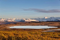 USA, Alaska, View of landscape in autumn, Alaska Range in background