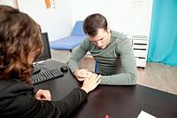 Man Consultation Dialog.