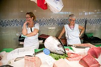 Fishmongers, Boqueria market, town of Barcelona, autonomous commnunity of Catalonia, northeastern Spain