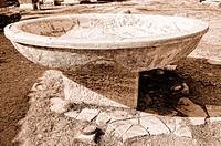 Taufbecken Marienkirche Ephesus Türkei sepia, Baptismal font St. Mary´s Church Ephesus Turkey sepia,