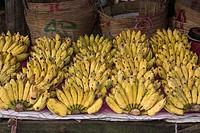 Marktszene mit Bananenverkauf, Phu Quoc, Vietnam, Asia