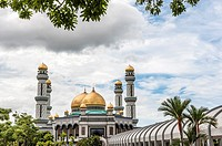 View of Jame Asr Hassanil Bolkiah, Bandar Seri Bengawan mosque, Brunei, Borneo, Asia