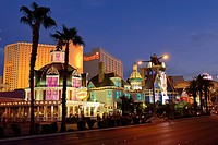 USA, Nevada, Las Vegas, View of Harrahs Hotel and Casino on Las Vegas Strip