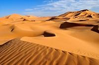 North Africa, Algeria, View of sand dunes at Erg Tibaradine