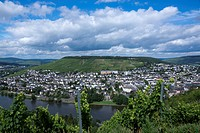 Panoramic view from Burg Landshut castle to Kues and the Moselle River, Bernkastel Kues, Middle Moselle region, district Bernkastel Wittlich, Rhinelan...