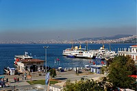 Port in Bueyuekada, looking towards Istanbul, Sea of ??Marmara