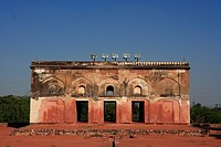 Bardari Humayun's tomb built in 1570 made from red sandstone and white marble, first garden-tomb , Delhi , India UNESCO World Heritage Site