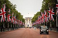 The Mall avenue, London, UK
