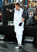 Justin Bieber - New York/New York/USA - JUSTIN BIEBER PERFORMS ON THE TODAY SHOW