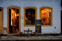 Inviting restaurant in Paraty´s historic center; Paraty, Espirito Santo, Brazil. The beautiful colonial town of Paraty has been a UNESCO World Heritag...