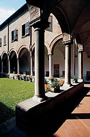 Cloister (15th century), Basilica of St Mary in Vado (UNESCO World Heritage List, 1995), Ferrara, Emilia-Romagna, Italy.