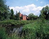 D-Neukirchen-Vluyn, Niederrhein, Nordrhein-Westfalen, Wasserschloss Bloemersheim an den Nieper Kuhlen, einem Altrheinarm, Nieper Altrhein, Schloss und...