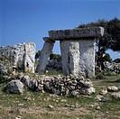 Spanien, Menorca, Balearen, E-Talati de DAlt, Megalith-Denkmal, Taula, praehistorisch, Spain, Minorca, Balearic Islands, E-Talati de DAlt, megalith mo...