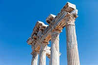 Ancient Apollo temple columns at Turkey Side