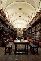 Interior of Palafoxiana Library, founded by Bishop Juan de Palafox y Mendoz in 1646, Puebla (UNESCO World Heritage List, 1987), Mexico.