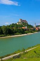 Burghausen, Castle, Altötting district, Upper Bavaria, Bavaria, Germany (view from Austria over Salzach River)