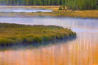 USA, Wyoming, Yellowstone National Park. Morning on the Madison River.