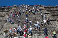 Tourists, Pyramid of the Moon, Piramide de la Luna, Teotihuacan Archaeological Site, Teotihuacan