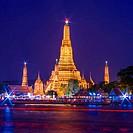 Twilight view of Wat Arun