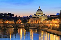 St Peter´s Basilica and the Tiber, Rome, Italy.