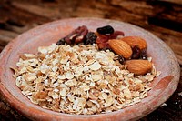 Mix of nuts and oat