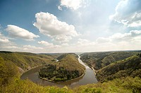 Germany, Saarland, Mettlach, Saar loop seen from observation point Cloef