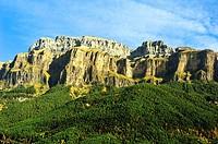 Mondarruego (2845 mts.). Ordesa and Monte Perdido National Park. Aragonese Pyrenees, Huesca province, Aragon, Spain