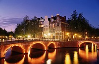 Amsterdam (corner Keizersgracht - Leidsegracht). Holland