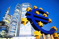 Euro sign in front of the ECB building