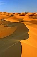 Morocco, near Merzouga, Erg Chebbi (Sahara sand dunes), blowing sand