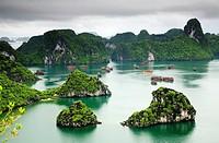 Ha Long Bay  Qung Ninh province, Vietnam