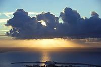 Spain, Balearic Islands, Mallorca, Sunrise on the Bay of Palma